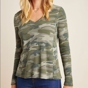 Anthropologie Vickie camo thermal top